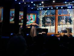 """5 января в зале Татрской государственной филармонии состоялся концерт Юлии Зиганшиной """"А снег идёт""""!"""