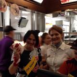 Юлия Зиганшина участвует в благотворительном марафоне Макдональдса! 22.11.2014.