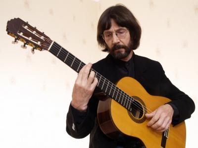Александр Лаврентьев, гитара