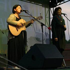 С Эльмирой Галеевой на Пущинской сцене.